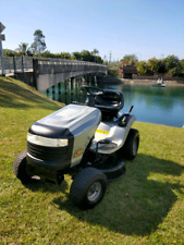 Craftsman LT1500 Ride onMower Silver Good as New
