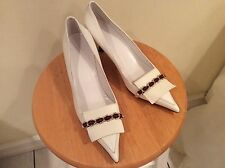 Gucci White Leather Pump Kitten Heals W/Chain red/green woven $620 NWOB