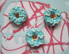 X 6 BLUE DONUT DOLL FOOD RESIN PAINTED CABOCHONS DECODEN DIY JEWELLERY FINDINGS