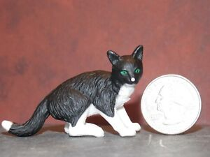 Dollhouse Miniature Pet Cat Shorthair Animals 1:12 inch scale K17 Dollys Gallery
