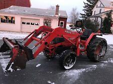 Kubota L4200 Compact Tractor w/ LA680 Loader