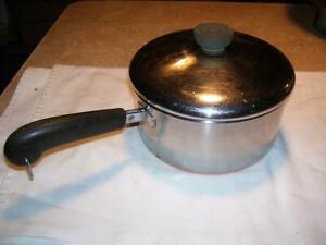 Vintage 1801 Revere Ware 2 Quart Copper Bottom Sauce Pans