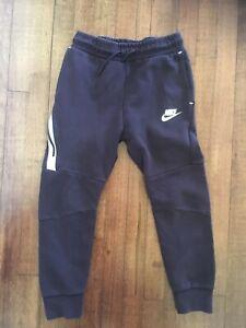 Nike Boys Tech Fleece Jogger Sweatpants Pants Medium M