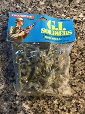 Tootsietoy 6030 G.I. Soldiers Plastic Green Army Men NOS
