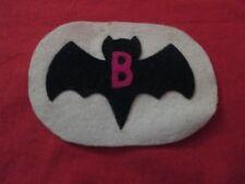 VINTAGE 1960'S BATMAN COSTUME EMBLEM FELT PATCH WOOLWORTH'S MAGENTA B NOS