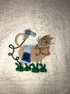 Embroidered Ivory Bathroom Hand Towel Tan Cat  Blow Drying Fur w Slippers