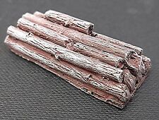 SGTS MESS VL10 1/72 Resin WWII Two Bases of Tree Trunks
