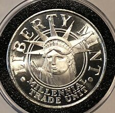 Statue Of Liberty Mint 1 Troy Oz .999 Fine Silver Round Medallion Coin Medal USA