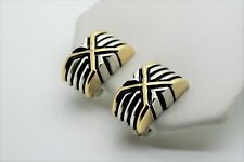 A038 Modern & Unique Design Two tone  X stretch Clip Fashion Earrings