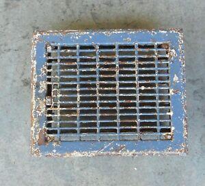 11 1/2 x 9 1/2 Metal Louvered Dampered  Floor Heat Register Vent Vintage  B