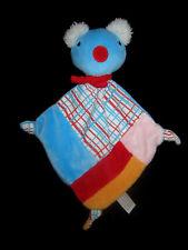 Doudou plat losange Koala bleu blanc rouge Pénélope Jemini Gallimard Jeunesse