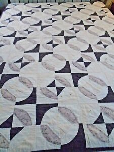 Vintage Hand QUilted Hour Glass Snowball Quilt 63x82 twin #534
