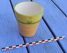 Petit pot en terre cuite peint, sans marque, en très bon état