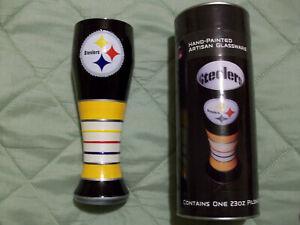 Pittsburgh Steelers Hand-Painted 23 Oz.Artisan Pilsner Beer Glass Brand New