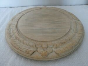 ~~ LOVELY VINTAGE WOOD CARVED ENGLISH BREAD BOARD KITCHENALIA COTTAGE DISPLAY ~~