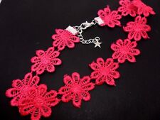 Flowers Festival Choker Necklace . New. A Ladies Girls Pretty Pink Daisy