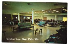 RIVER FALLS, WISCONSIN  UNIVERSITY STUDENT CENTER POSTCARD NEW UNPOSTED