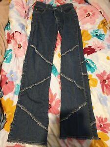 Size Medium Ladies Supre Jeans