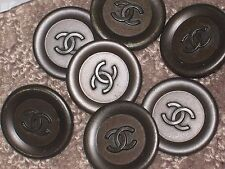 CHANEL 7 CC LOGO FRONT AUTH BROWN  BUTTONS 24  MM  NEW LOT 7 FLAWLESS