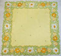 VINTAGE EASTER NARCISSUS EGGS APPLICATION CUT EMBROIDERY YELLOW GREEN TABLECLOTH