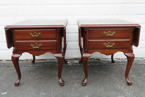 Queen Anne Drop Leaf Pair of Nightstands Side End Tables by Thomasville 1156