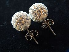 NEW WOMEN'S PAIR OF STUNNING SWAROVSKI CRYSTAL STUD EARRINGS - SILVER