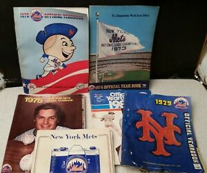 NY Mets , 1970's Yearbooks-Programs lot