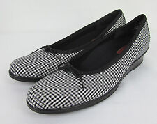 Womens Munro Walking Wedge shoes slip on Ballet flats USA Houndstooth Size 8 SS
