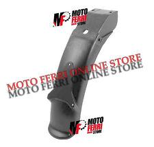 MF0010 - PARAFANGO POSTERIORE PORTA TARGA IN PLASTICA NERO PIAGGIO SI FL2 FL3