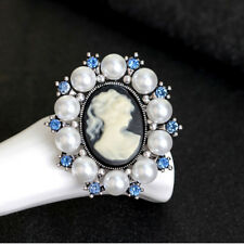 Vintage Rhinestone Queen Silver Pin Female Pearl Cameo Jewelry Brooches Gift