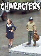 Pulp Alley -- Betty Bixler & Pop Argosy  28mm Miniatures Pack