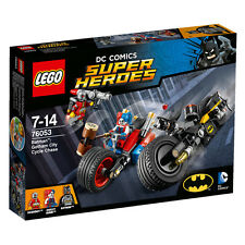 LEGO DC Comics Super Heroes Batman Gotham City Cycle Chase 76053