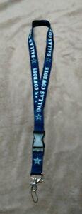 Dallas Cowboys Breakaway Lanyard w/ Detachable Keychain Hook Football