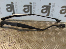 FORD KUGA 2.0 DIESEL AUTOMATIC 2012 FRONT WIPER ARMS (PAIR)