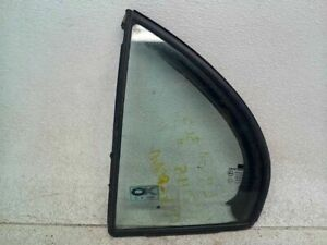 Drivers Rear Stationary Vent Glass for 04-06 Suzuki Verona