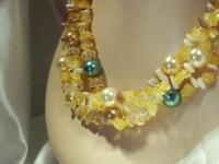 Mother of Pearl Yellow Crackle Glass Beaded  Triple Strand Necklace  72J9