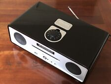 Vita (Ruark) R4 DAB/FM Radio/CD Player/iPod Dock Gloss black