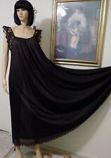CLAIRE SANDRA by LUCIE ANN VTG EYELASH Lace Sleeves BLACK Nightgown size Medium
