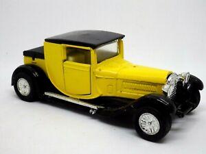 FIGURINE voiture vintage Traction à friction JAUNE NOIR 11 CM