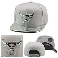 Mitchell & Ness Chicago Bulls Snapback METALLIC SILVER FOIL foamposite surfer