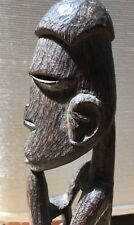 asmat wooden sculture