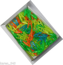 100 Plastic Clips Pegs Ideal for holding sewing quilting or patchwork in place