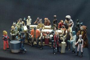 Star Wars Cantina figure lot and display set
