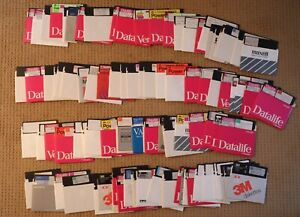 100 MISCELLANEOUS 5.25 DISKETTES OF SOFTWARE FOR APPLE II COMPUTERS