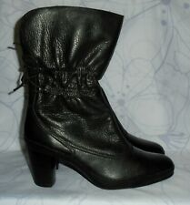"""Women's Black Leather CLARKS Artisan Above Ankle Boots Heel 3"""" Size 9 M GREAT"""