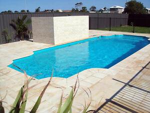 FRANKS POOLS / Fibreglass Swimming Pools - DIY Pools Australia - 10.5mtr Classic