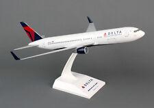 Skymarks Delta Boeing 767-300 1/150 2007 Livery SKR330