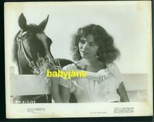 JENNIFER JONES VINTAGE 8X10 PHOTO FEEDING HAY TO HORSE 1946 DUEL IN THE SUN