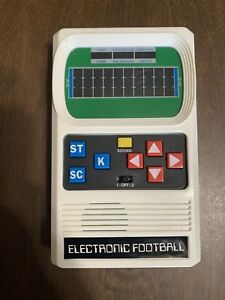 2015 Electronic Mattel Retro Football Handheld Game Classic Reboot Tested Sound
