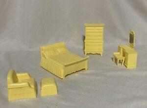 Marx Yellow 6pc Bedroom Set Mini Miniature Dollhouse Doll Furniture 1:16